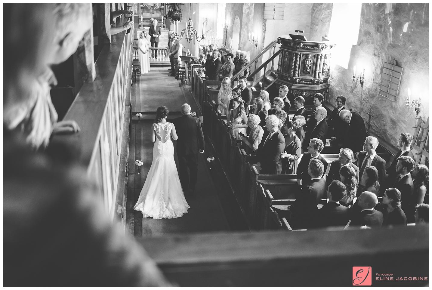 Fotograf-Eline-Jacobine-Bryllupsfotografering-Strand-Hotell-Fevik-Marte-og-Magnus_0019
