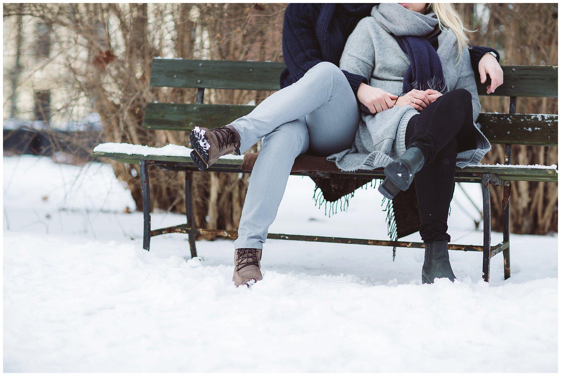 Kjærestebilder vinter snø fotografering ute