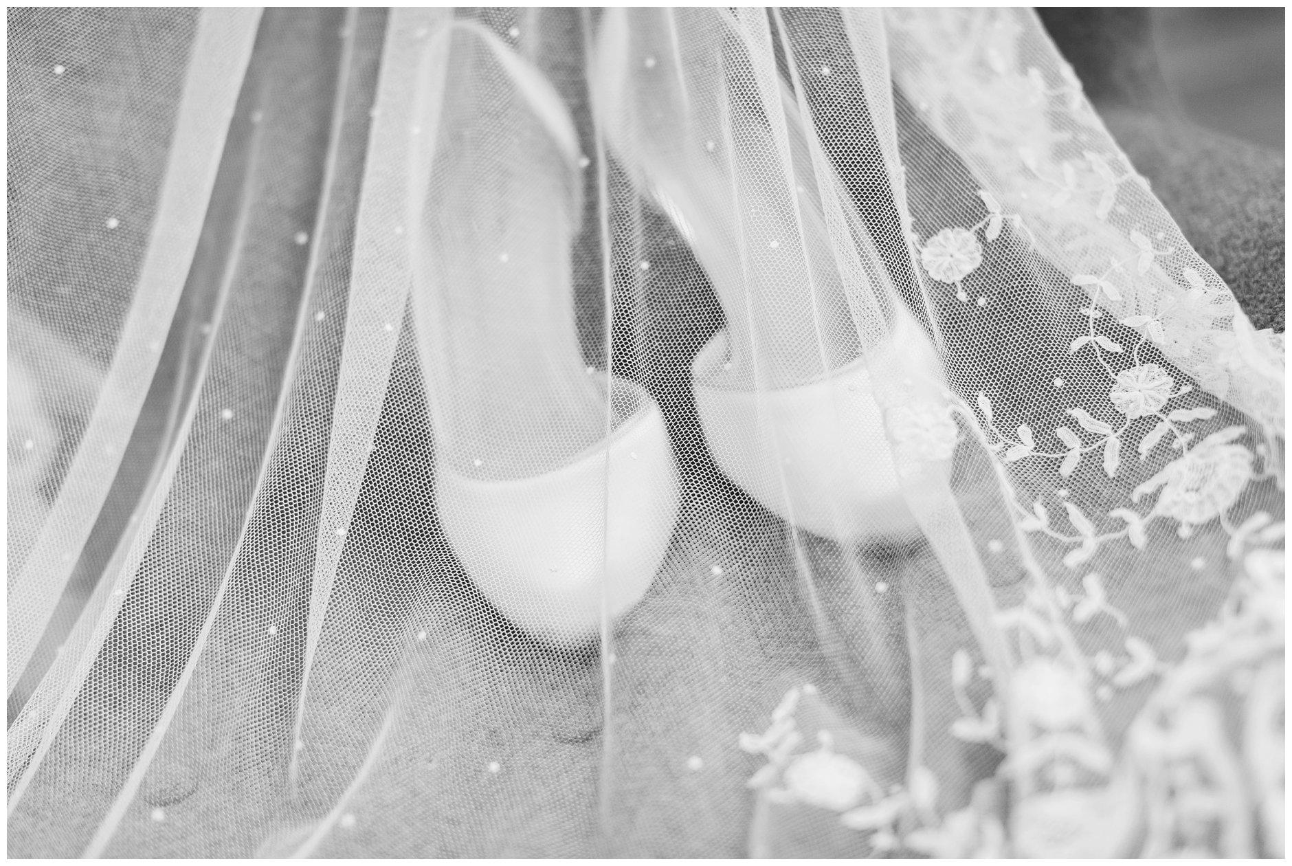 brudens-detaljer-arvet-slør-og-sko