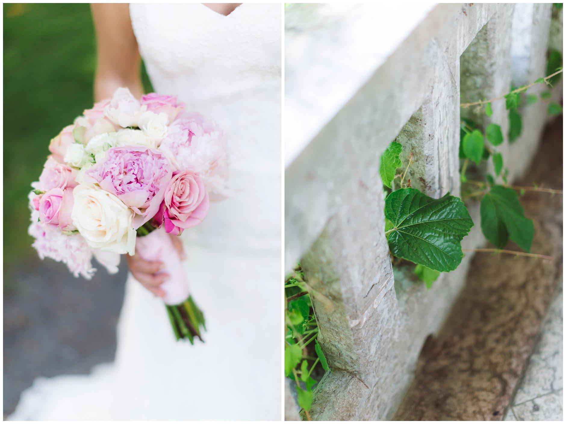 Fotograf-Eline-Jacobine-Bryllupsbilder-detaljer-Ullern-Vækerøparken-brudebukett-pudderrosa-peoner-roser-eføy