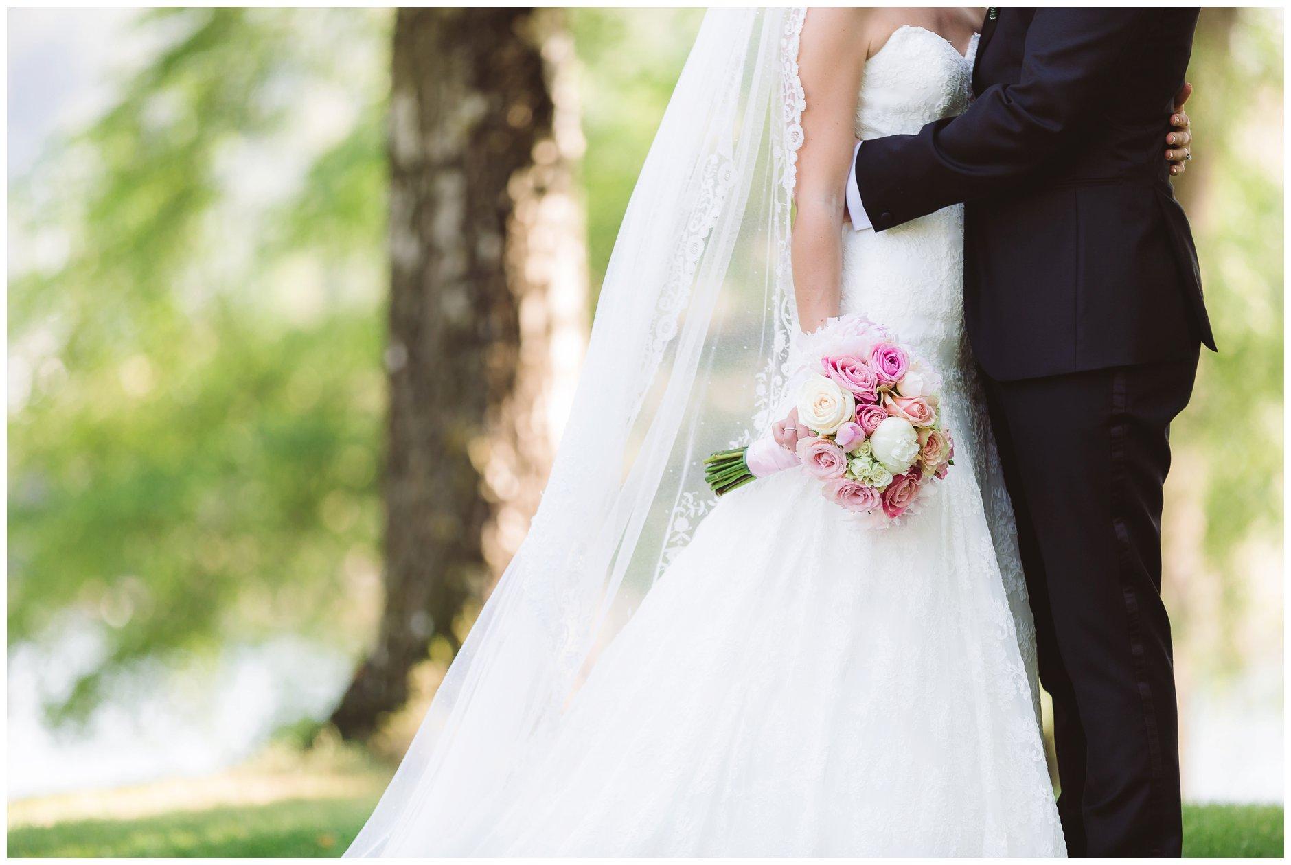 Fotograf-Eline-Jacobine-Bryllupsbilder-detaljer-Ullern-Vækerøparken_0013