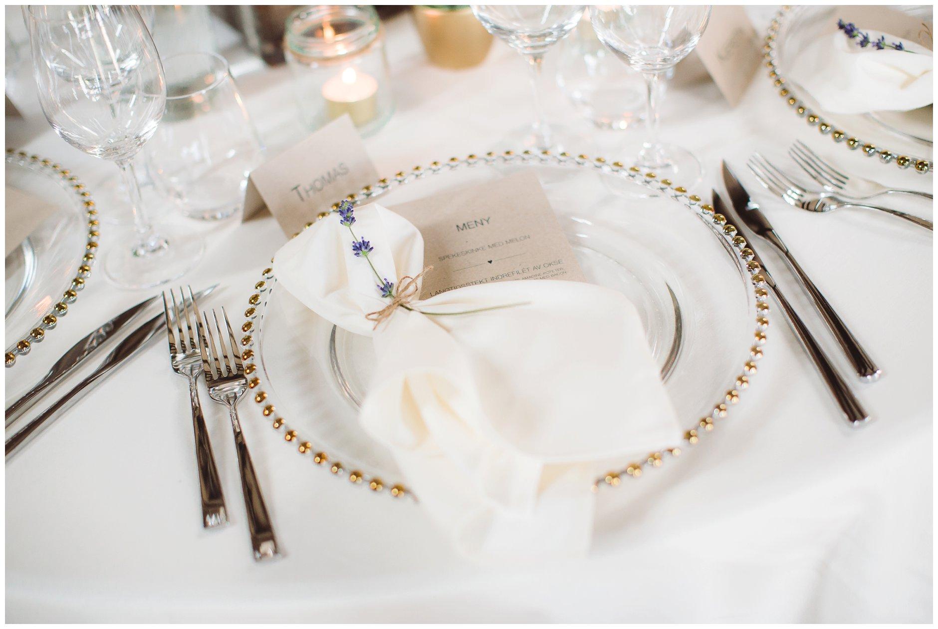 Fotograf-Eline-Jacobine-Bryllup-Glenne-Gård-med-Glennewedding-lavendel-detalj