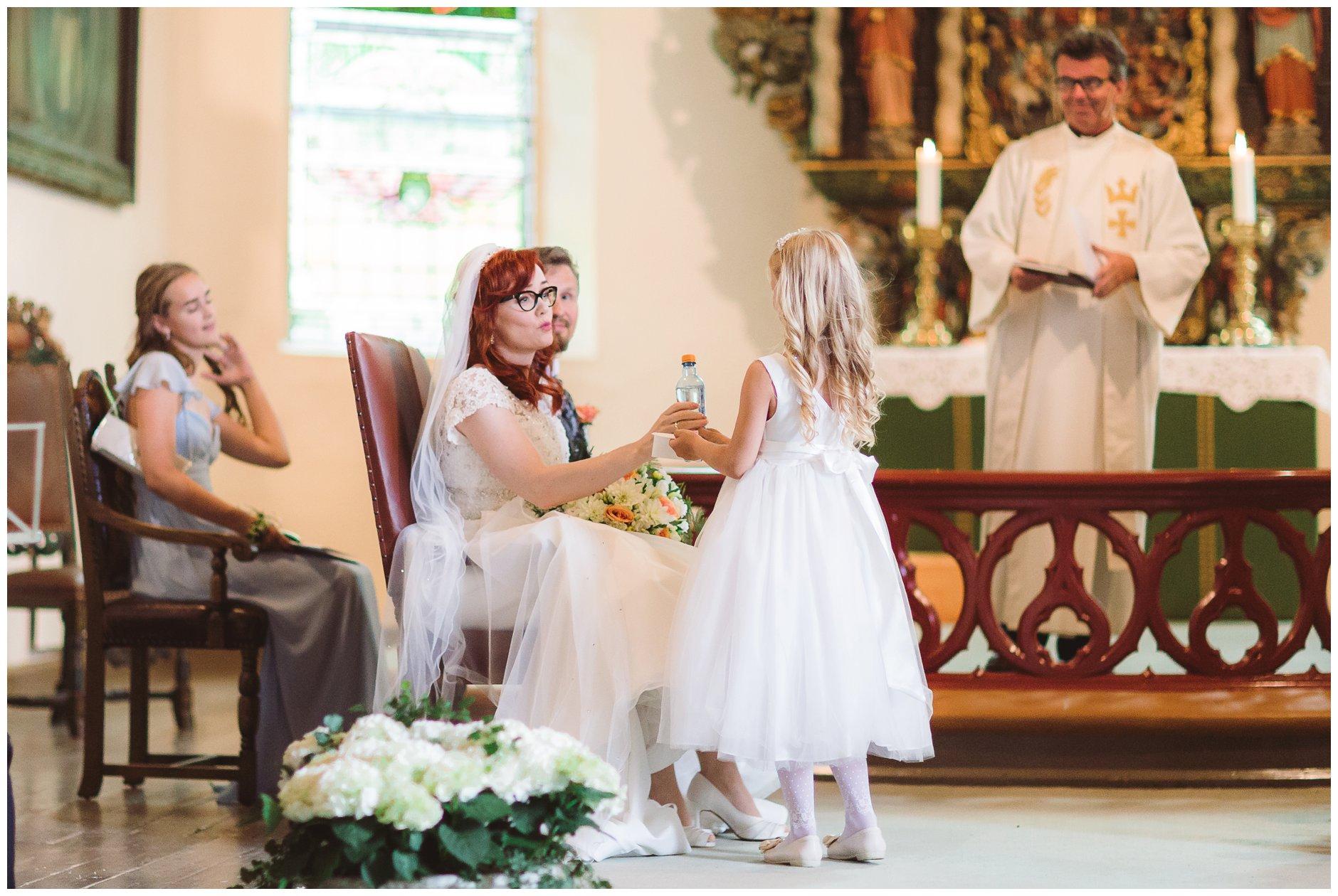 Fotograf-Eline-Jacobine-Bryllup-Tjøme-Scandic-Havna-Trine-og-Halvor_0053