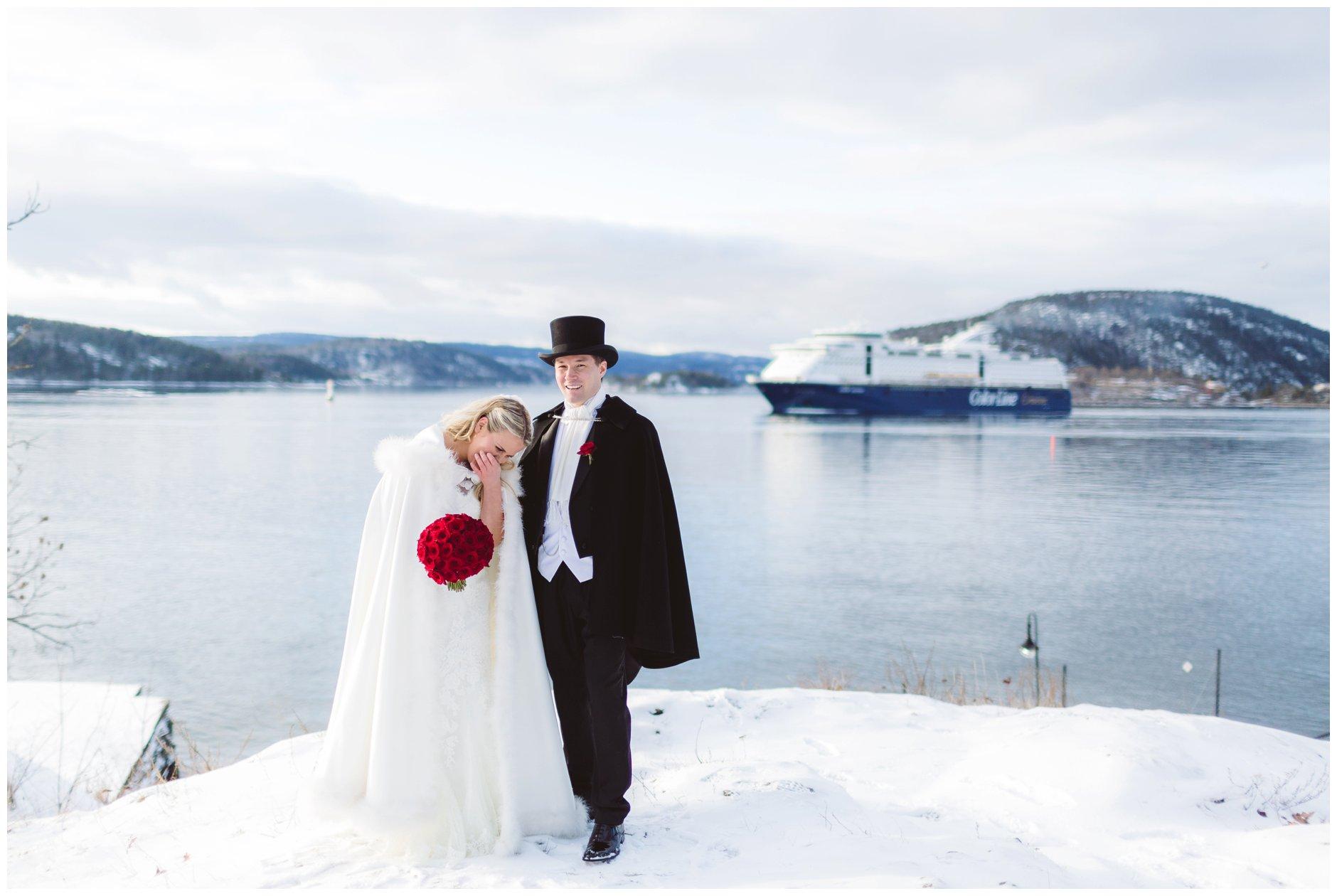 Vinterbryllup og danskebåten i Drøbakssundet