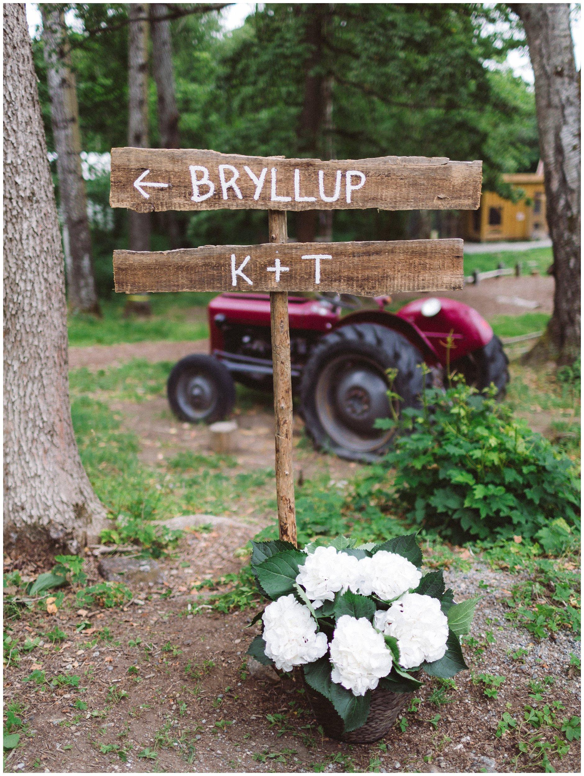 Skilt til bryllup og utendørs vielse