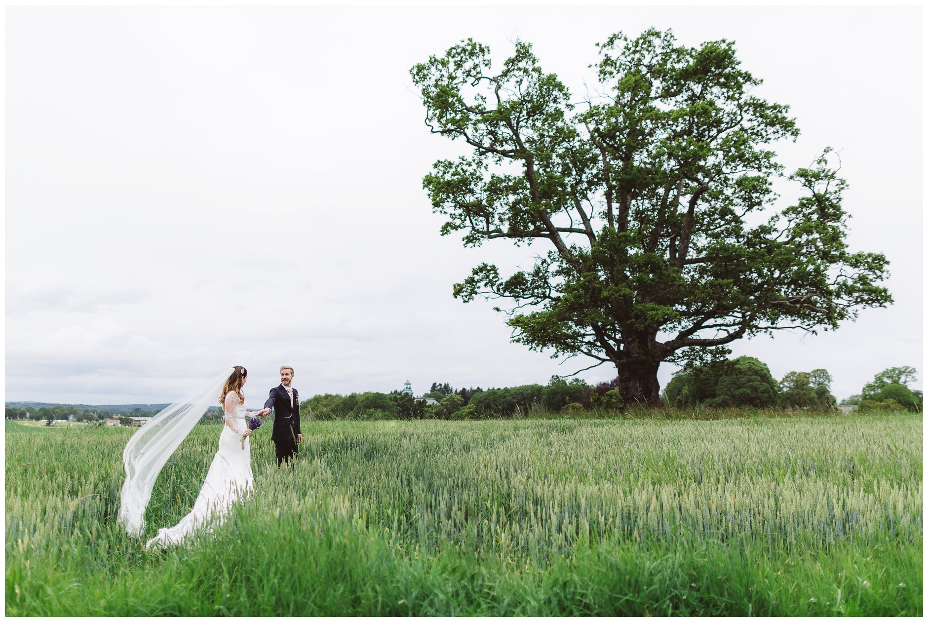 Bryllupsbilde med tre