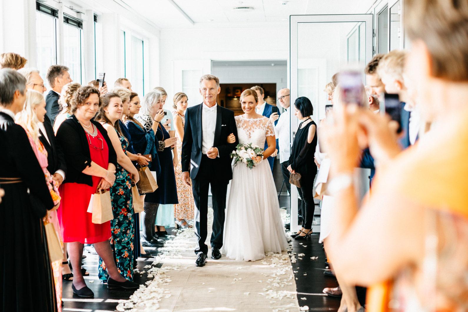 Eline Jacobine-Stotvig-hotel-bryllup-moss-rygge-bryllupsfotograf-blikkfangerne-47
