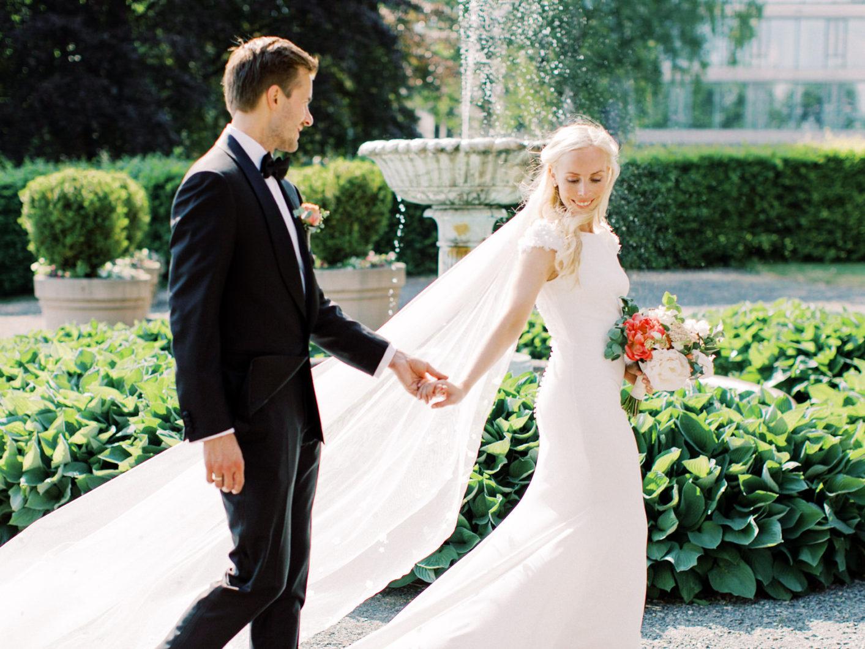 Fotograf-Eline-Jacobine-Bryllup-Oslo-Grefsenkollen-Riis-kirke-Ida-og-Christoffer-wedding-photographer-Norway-43